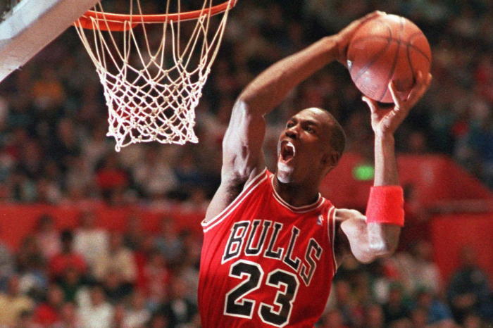 The 23 Best Dunks of Michael Jordan's Career, Ranked