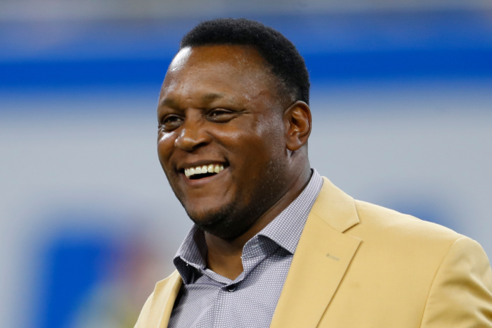 Barry Sanders Ran Away From Football & Left Millions on the Table
