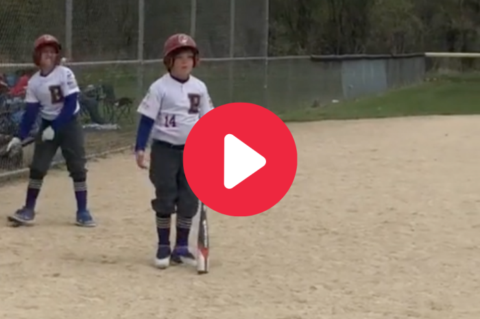 """Mom Embarrasses Son With """"Golden Girls"""" Intro As His Walk-Up Song"""