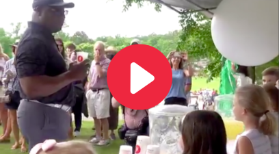 Bo Jackson Tips Kids $100 at Lemonade Stand