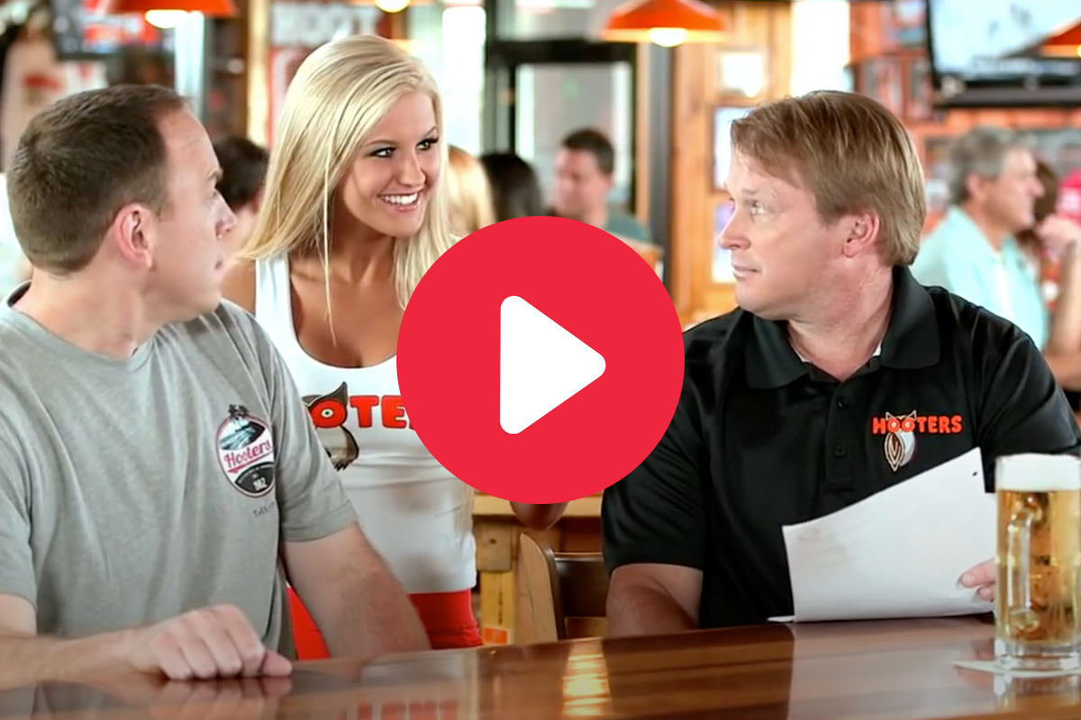 """Jon Gruden's Classic """"Hooters"""" Commercials Are Still A Treat"""